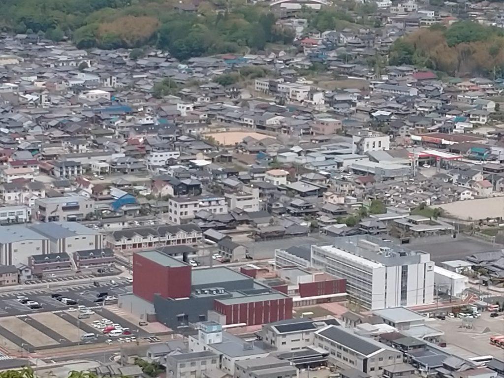 西脇市新庁舎を眼下に・・・(2)